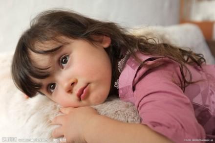 巧用photoshop给宝宝照片调出白皙通透水灵效果
