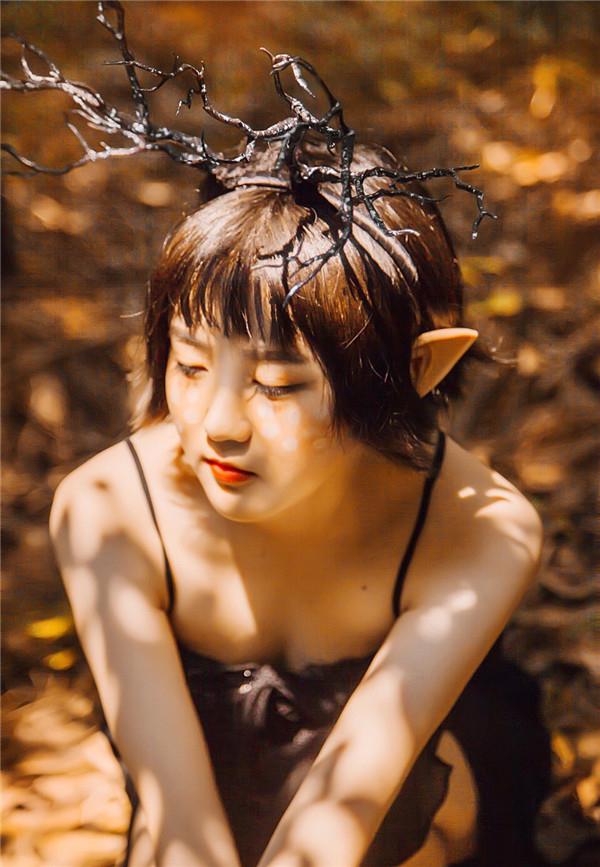 Photoshop调出森林人像唯美的秋季暖黄结果教程